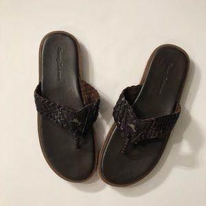 NWOT Tommy Bahama Mens Leather sandal